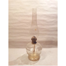 VINTAGE GLASS KEROSENE OIL LAMP WITH CHIMNEY